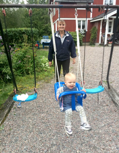 Child friendly garden with swings.
